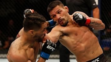 Dos Anjos withstands Lee, finishes him in 4th
