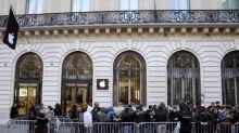 Pour sa future boutique des Champs-Elysées, Apple dépense des sommes astronomiques