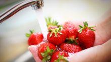 So sollte man Erdbeeren nicht waschen
