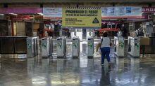 """""""No somos delincuentes"""": Mujeres denuncian a policías por quitarles tlacoyos que venderían en metro Polanco"""