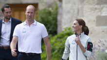 Für 80 Euro pro Ticket: Prinz Williams' Familie fliegt mit Billig-Airline