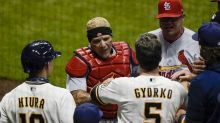 Yelich, Braun lead Brewers to 18-3 romp over Cardinals