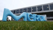 Merck KGaA wins Versum's support for sweetened $6.5 billion offer