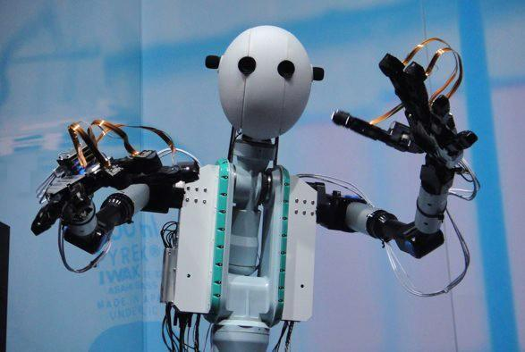 Telesar V robot brings new meaning to escapism (video)