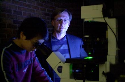 UCF mad scientists squeeze 1TB of data onto single DVD