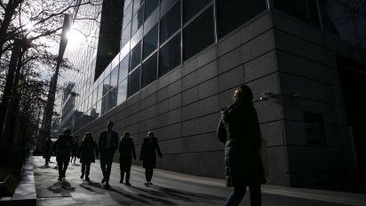 Goldman banker arrested on insider trading allegations