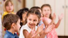 Cómo los amigos de la infancia juegan un papel fundamental en el desarrollo de los niños