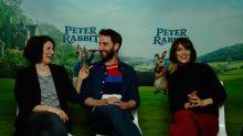 Dani Rovira y las chicas de Peter Rabbit te matarán de risa en esta entrevista