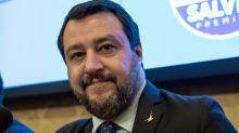 Salvini: difficile governo con Pd e Renzi, sostengono Conte