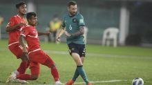 Boyle double spearheads Hibs' Euro opener