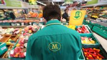 Morrison Returns Cash as Grocers Defy U.K.'s Retail Gloom