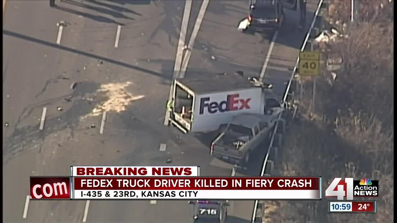 FedEx truck driver dies in I-435 SB crash [Video]