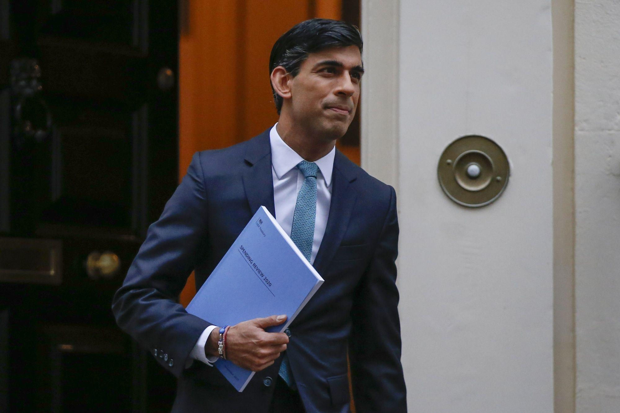 Rishi Sunak Can't Answer the U.K.'s Big Tax Question