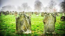 Besonderes Schulprojekt: Schülerinnen errichten Grab für 1845 verstorbene Sklavin