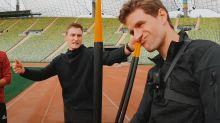 So lief die Speerwurf-Challenge mit Hummels und Müller
