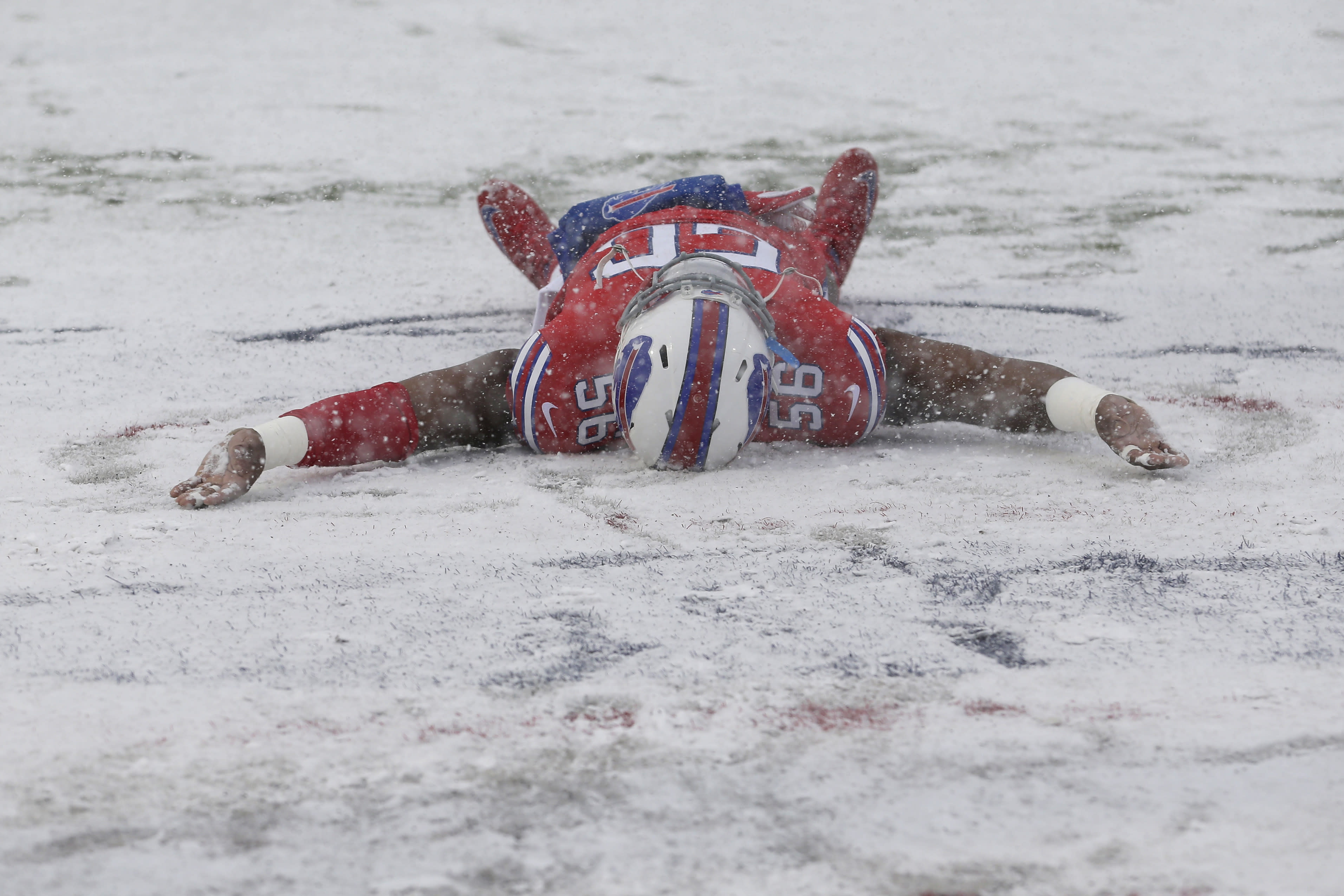 Crazy Moments From Buffalo Indianapolis Game In Snowy Orchard Park
