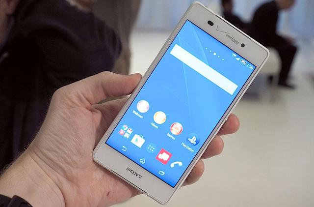 Sony's Xperia flagship and smartwatch are coming to Verizon this fall