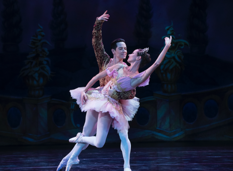 A Nutcracker Christmas Cast.A Nutcracker Christmas Center Stage Star Sascha Radetsky