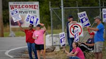 GM urges UAW to speed up talks amid strike: WSJ