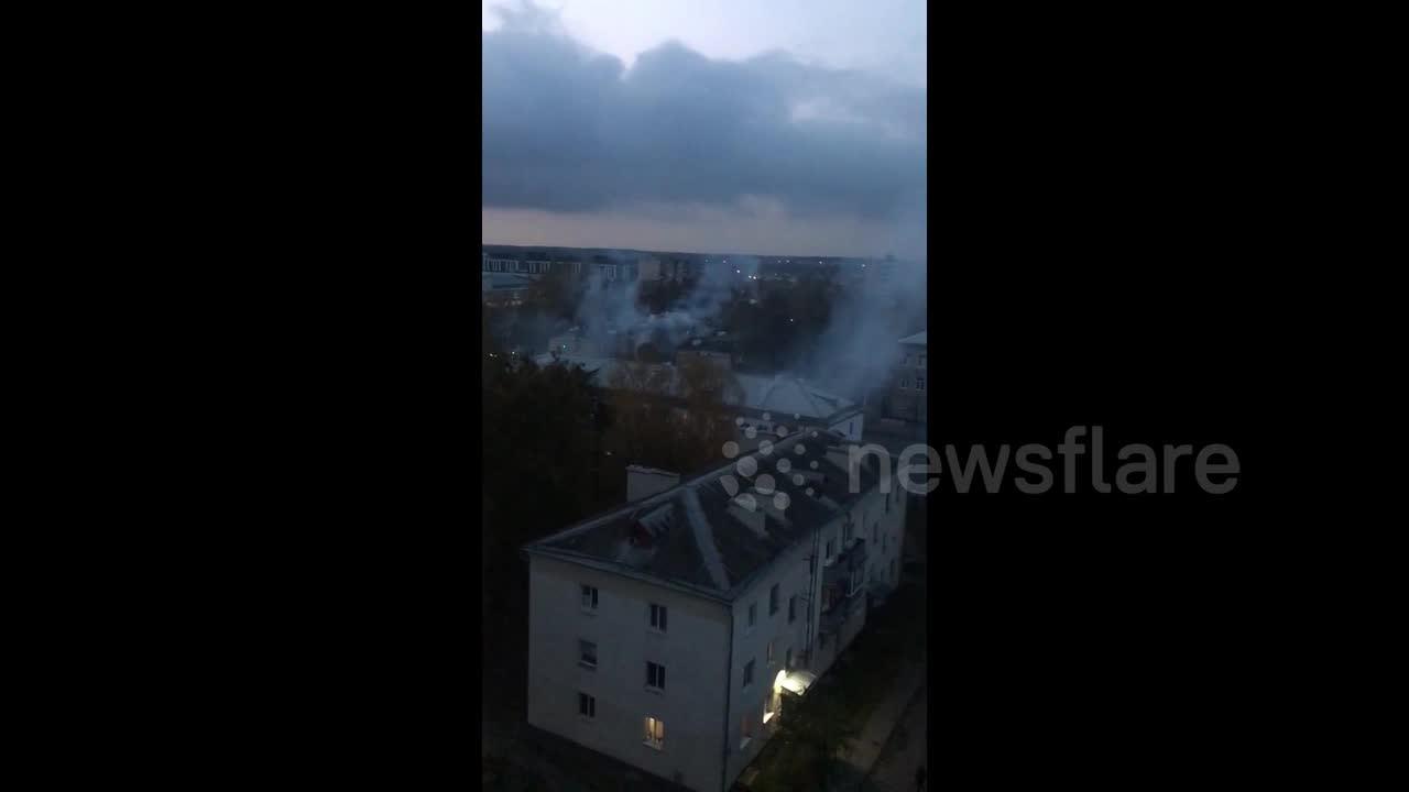Belarus police fire stun grenades in attempt to disperse protesters in Minsk [Video]