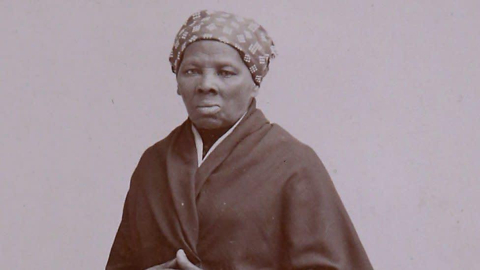 Harriet Tubman: Biden moves to put anti-slavery activist on $20 bill