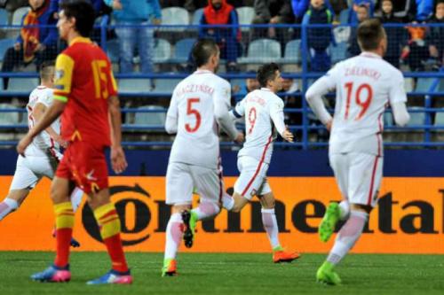 Polônia vence Montenegro e fica perto de vaga para Copa do Mundo