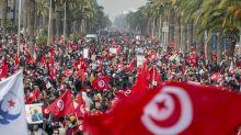 Crise politique en Tunisie: Ennahdha bande les muscles