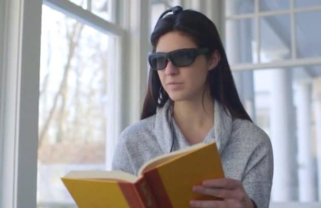 Verdunklung bei Hektik: Neurofeedback-Brille zwingt zur Konzentration