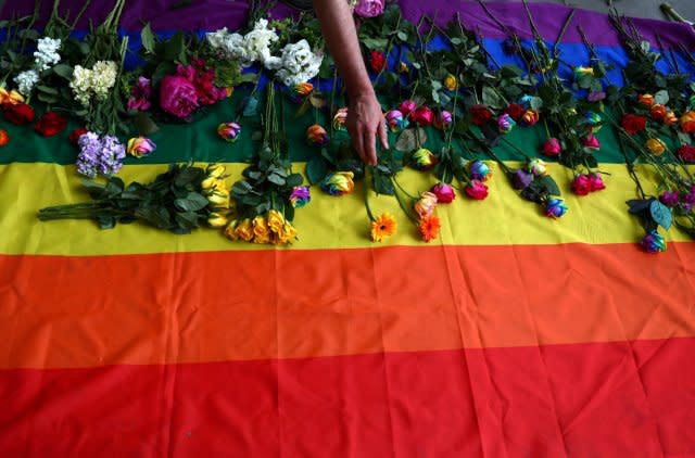 lgbt-men-from-chechnya-arrested-and-tortured-because-of-their-sexuality