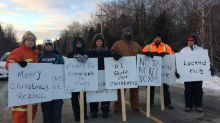 D-J Composites looking to 'break' locked out workers with new concessions, says union
