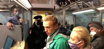 Poisened Putin rival Alexei Navalny detained after landing in Moscow