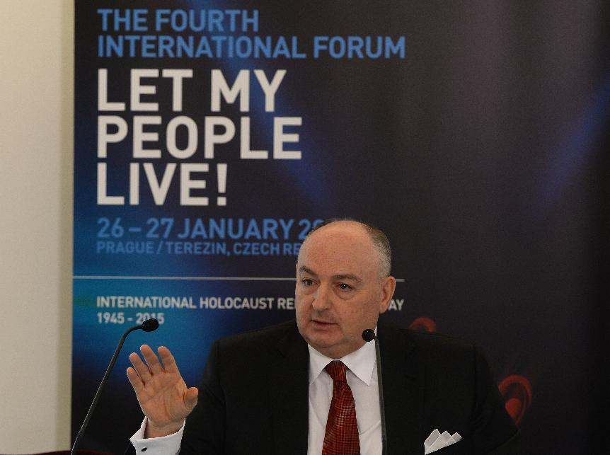 Moshe Kantor, head of the European Jewish Congress, answers to journalists on January 26, 2015 in Prague, Czech Republic (AFP Photo/Michal Cizek)