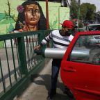 Mexico posts near-record 1,539 COVID-19 deaths, 20,548 cases