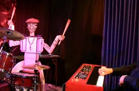 Spruce Deuce robot drummer is a fleshbag percussionist's worst nightmare (video)