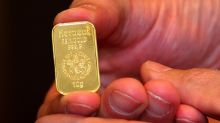 Gold futures book third straight gain, hold near 6-year high