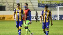 1-2. Marinho y Mota acercan a Santos a octavos y dejan casi afuera a Delfín