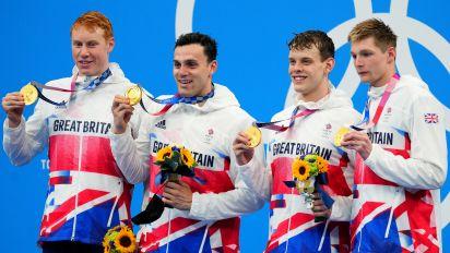 """Olympia: Reporterin lobt britischen Schwimmer für sein """"drittes Bein"""""""