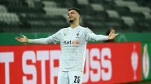 Gladbach's Bensebaini out to spoil Bayern title party