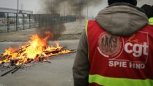 French unions try to keep pension protest alive as deadline looms