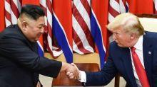"""Kim Jong Un souhaite à Donald Trump de se rétablir """"le plus tôt possible"""""""