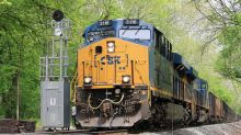 Railway Firm CSX Plows Through Earnings Forecasts; Shares Jump Late
