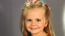Toddler chooses her own outfit for school picture and it was just super