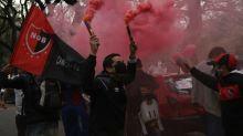 Loucura! Torcida do Newell's toma as ruas pedindo contratação de Messi; veja imagens