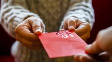 5 Tips to Keep Your Holiday Spending Under Control