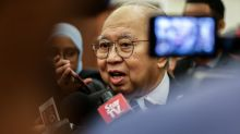 Anwar-Azmin tiff might lead to Pakatan imploding, says Ku Li
