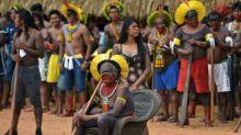 """Líderes indígenas de Brasil denuncian que gobierno impulsa """"proyecto de genocidio"""""""