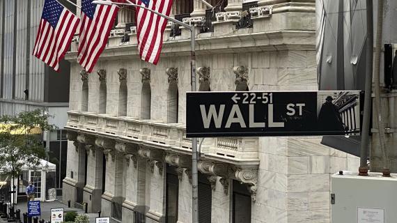 Dow retreats from 30K in pre-Thanksgiving trade; Nasdaq hits record