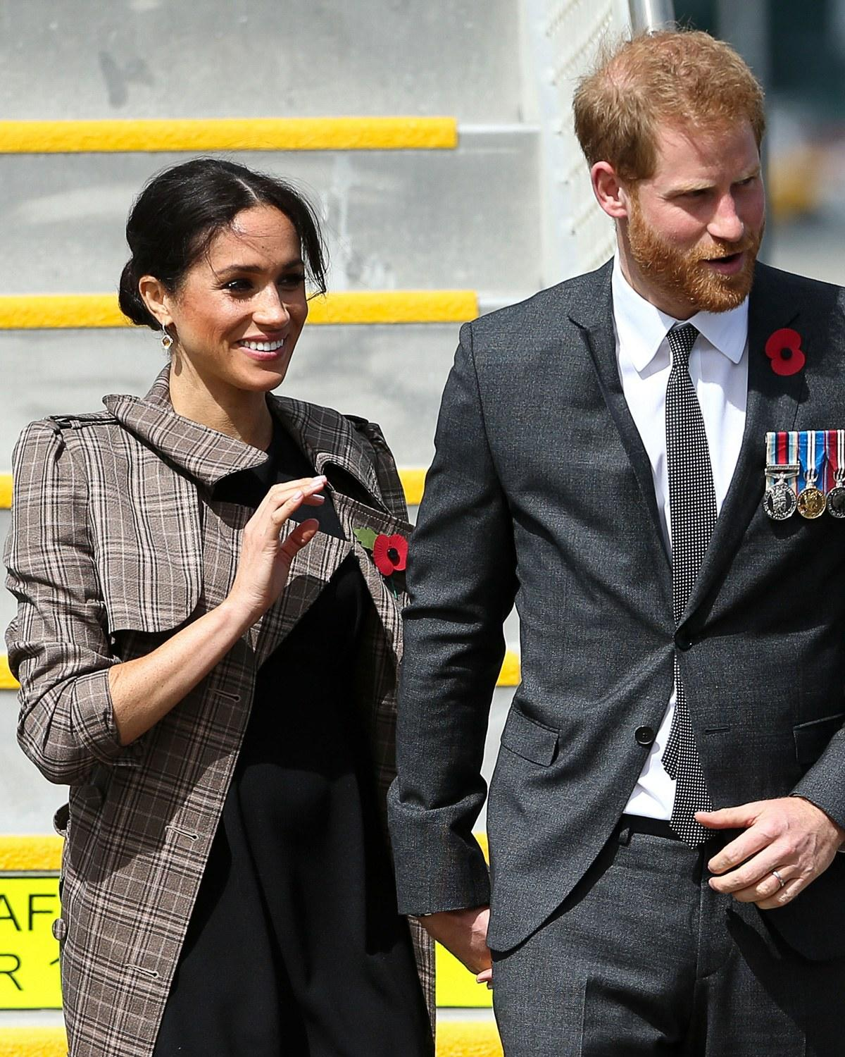 379891ffcede3 Meghan Markle Wore a $60 ASOS Maternity Dress for Her Latest ...