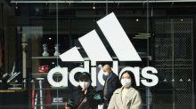 Locura por el cubrebocas de Adidas: se agotan en minutos y ya se revenden mucho mas caros