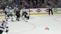 Kyle Brodziak snaps it past Varlamov in front